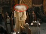 Hz. Muhammed'in hayatının anlatıldığı filmde skandal sahne