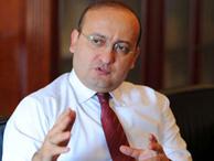 Yalçın Akdoğan günün köşe yazarı