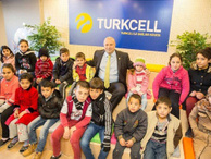 Suriyeliler yeni hayatlarına Turkcell'le uyum sağlıyor