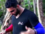 Survivor adasında görünmez kaza: Eser West parmağını kesti!