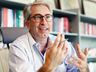 Murat Yetkin: Tutuklu gazeteciler demokratik itibar getirmez