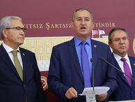 'Gazeteciler hukuksuz olarak üç müebbetle yargılanıyor'