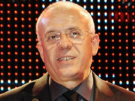 Ertuğrul Özkök iki yazarı AK Parti seçmenine şikayet etti