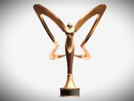 Hürriyet hangi isme verdiği Altın Kelebek ödülünü geri aldı?