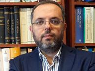 Günün yazarı Erhan Afyoncu...