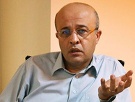 Ahmet Takan kaybetti...
