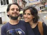 Tutuklu gazeteci cezaevinde evlendi