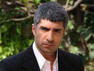 Özcan Deniz'in filmine hırsız şoku
