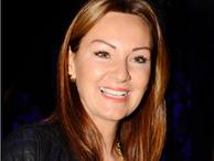 Alkışlar Pınar Altuğ için...