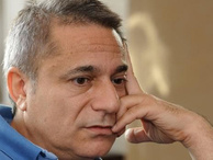 Ünlü şovmen Mehmet Ali Erbil hastaneye kaldırıldı!
