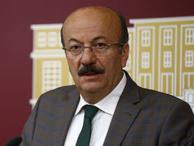 Mehmet Bekaroğlu kazandı