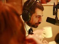 Okan Bayülgen artık Show Radyo'da!