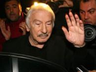 """Cumhuriyet'ten """"keşke İlhan Selçuk'u dinleseydik"""" diyen Hürriyet'e cevap"""