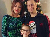 Pınar Altuğ eşiyle bornozlu fotoğrafını paylaştı edepsizlikle suçlandı