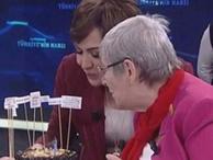 Canan Karatay'a canlı yayında sürpriz doğum günü!