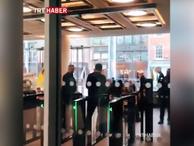 Terör örgütü PKK yandaşları TRT WORLD Londra ofisine baskın düzenledi