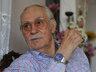 Ünlü sanatçı Eşref Kolçak hayatını kaybetti
