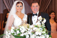 Hande Fırat'ın düğününde imam nikahı ve içki tartışması