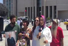 Cumhuriyet davası sırasında A Haber protesto edildi
