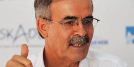Ali Erkan Kavaklı günün köşe yazarı...