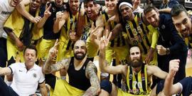 Alkışlar Fenerbahçe için...