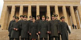 Savaşçı dizisi oyuncuları tam kadro Anıtkabir'de