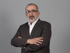 Ahmet Kekeç, Cem Mumcu'yu topa tuttu