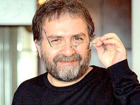 Ahmet Hakan'dan Enver Aysever'e sert salvolar