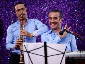 Çalgı Çengi İkimiz için 15 şarkı seslendirdiler!..
