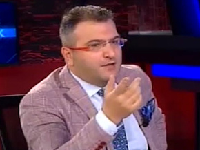 Cem Küçük CNN Türk'ü topa tuttu; Bari Can Dündar'ı da yayına alın