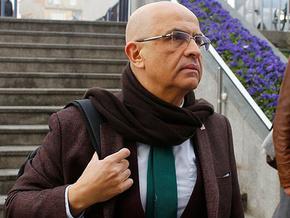 Enis Berberoğlu cezaevinde kitap yazdı,