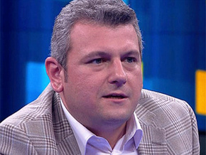 Ersoy Dede Mehmet Tezkan'a fena çaktı; Referans aldığı da CNN...
