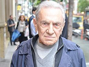 Aydemir Akbaş: Şener Şen korkak!..