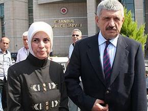 İktidar yanlısı gazeteciler Merve Kavakçı kavgasına tutuştu...