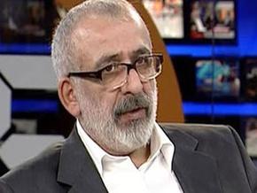 Ahmet Kekeç: Bu Başdanışman hâlâ ne konuşuyor!