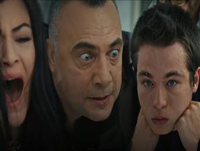 Eşkıya Dünyaya Hükümdar Olmaz'da Hızır'ın gözü önünde oğlunu boğmaya kalktılar!