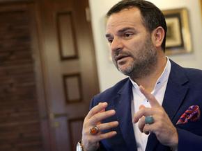 Kemal Öztürk'ten dikkat çeken yazı:Fikirlerin tartışılacağı yer televizyon, sosyal medya değil...