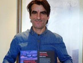 Gazeteci Kemal Batur anılarını kitaplaştırdı