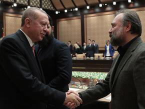 Erdoğan Oktay Kaynarca'ya böyle takıldı! Burada bir reis var