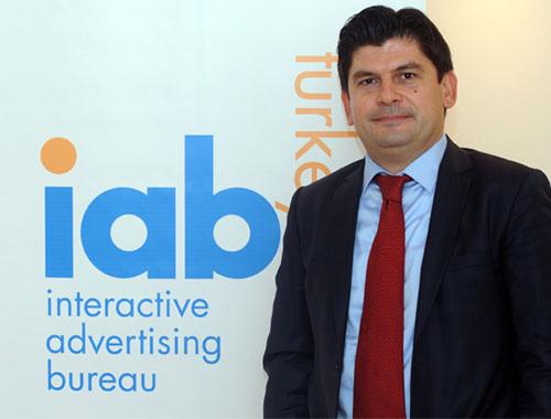 Dijital reklam yüzde 1 büyürse milli gelir 450 milyon lira artar