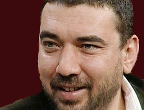 Gazeteci Hakan Gülseven gözaltına alınıp serbest bırakıldı...