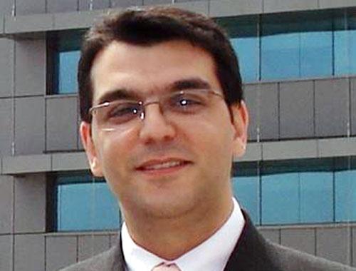 Ayhan Demir kaybetti...
