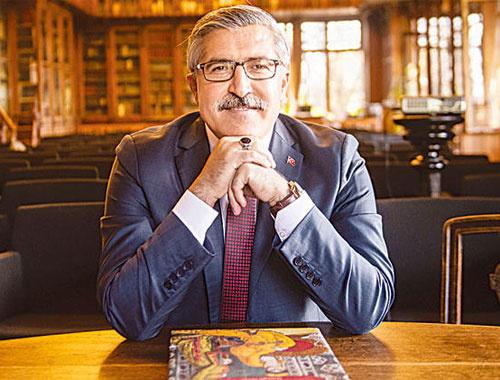 Hüseyin Yayman, Özal'dan sonra şimdi de AK Parti'nin kitabını yazıyor