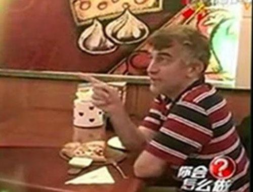 Ömer Ekinci'den Çinlileri kendine hayran bırakan Türk ile ilk röportaj