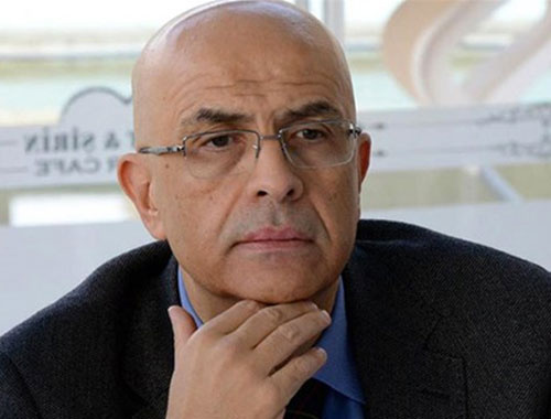 Enis Berberoğlu üniversiteyi tekrar kazandı!