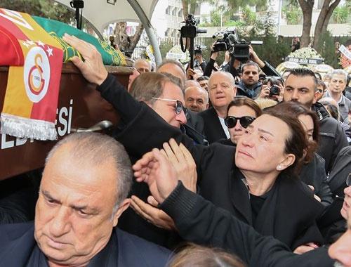 Zafer Çika'nın cenazesinde büyük saygısızlık!