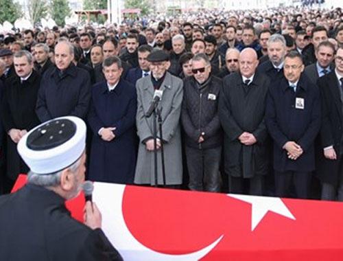 Prof. Dr. Beril Dedeoğlu son yolculuğuna uğurlandı