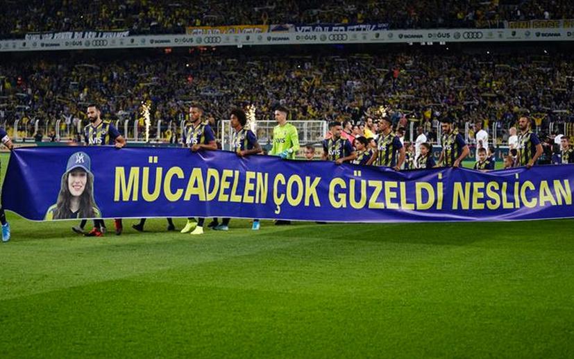 Fenerbahçe Neslican'ı unutmadı