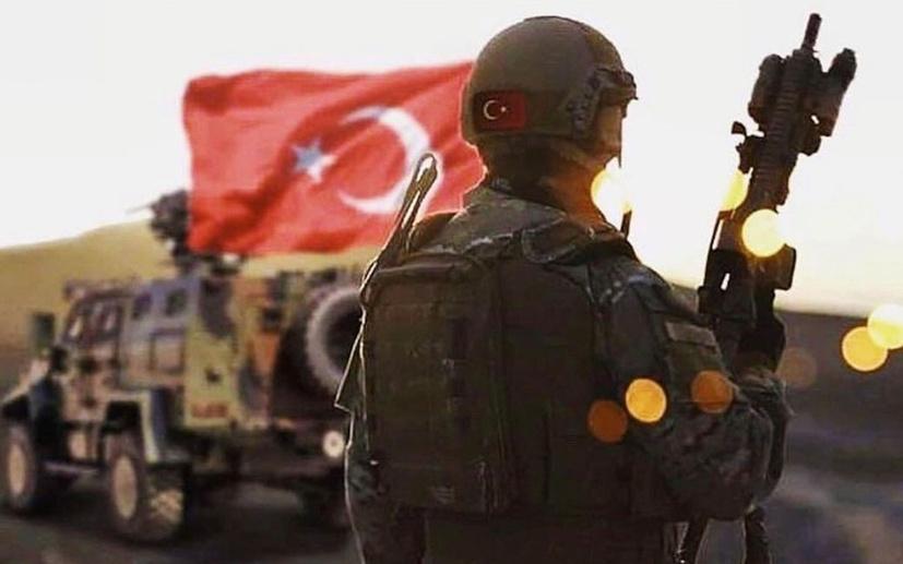 Fatih Er, gazetecileri uyardı: Askerin dibinde yayın yapılmasın