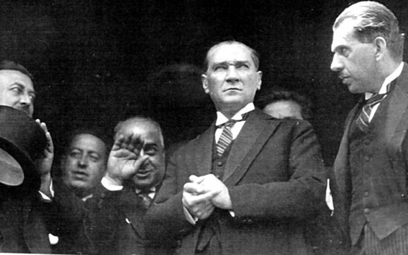 Saygı Öztürk, Menzil şeyhlerine Atatürk'ü sordu; Bakın ne cevap verdiler!